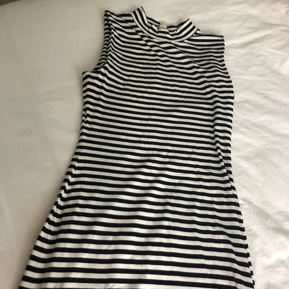 French Connection Dresses & Skirts - French Connection Black & White Dress Sz 6